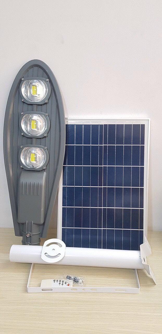 Đèn đường năng lượng 150w số 1