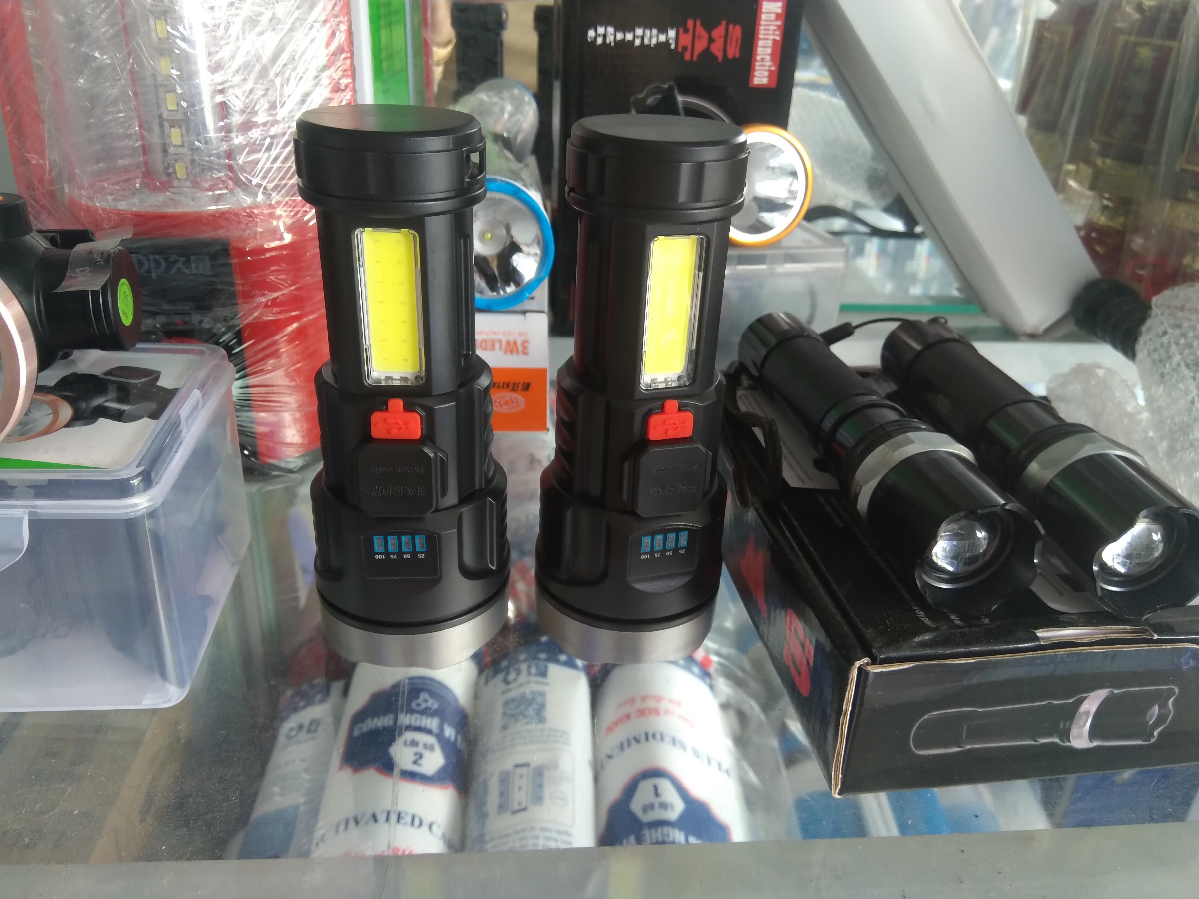 Đèn pin xenon siêu sáng có đèn hông