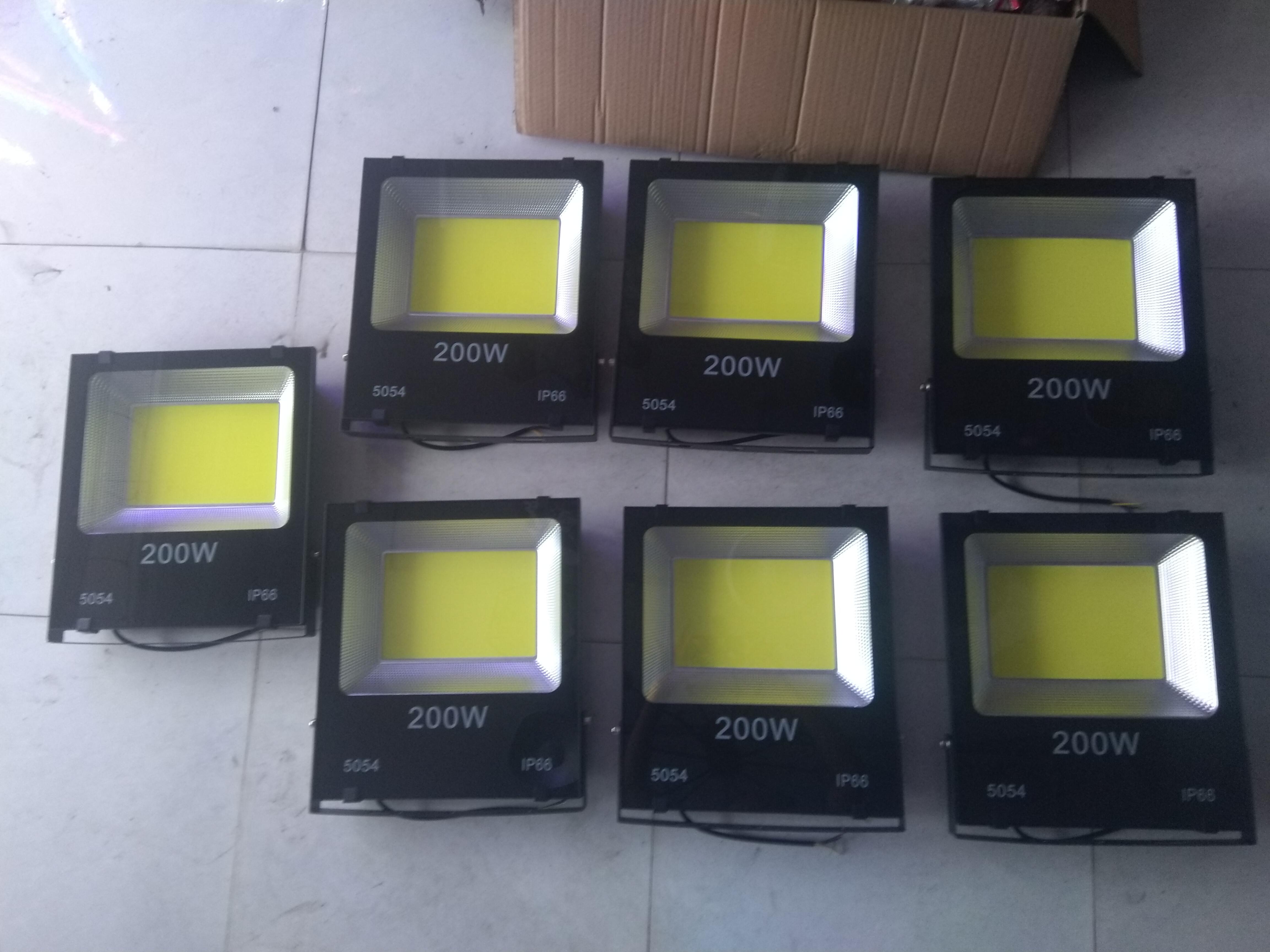 Pha led 5054 200w đủ công suất