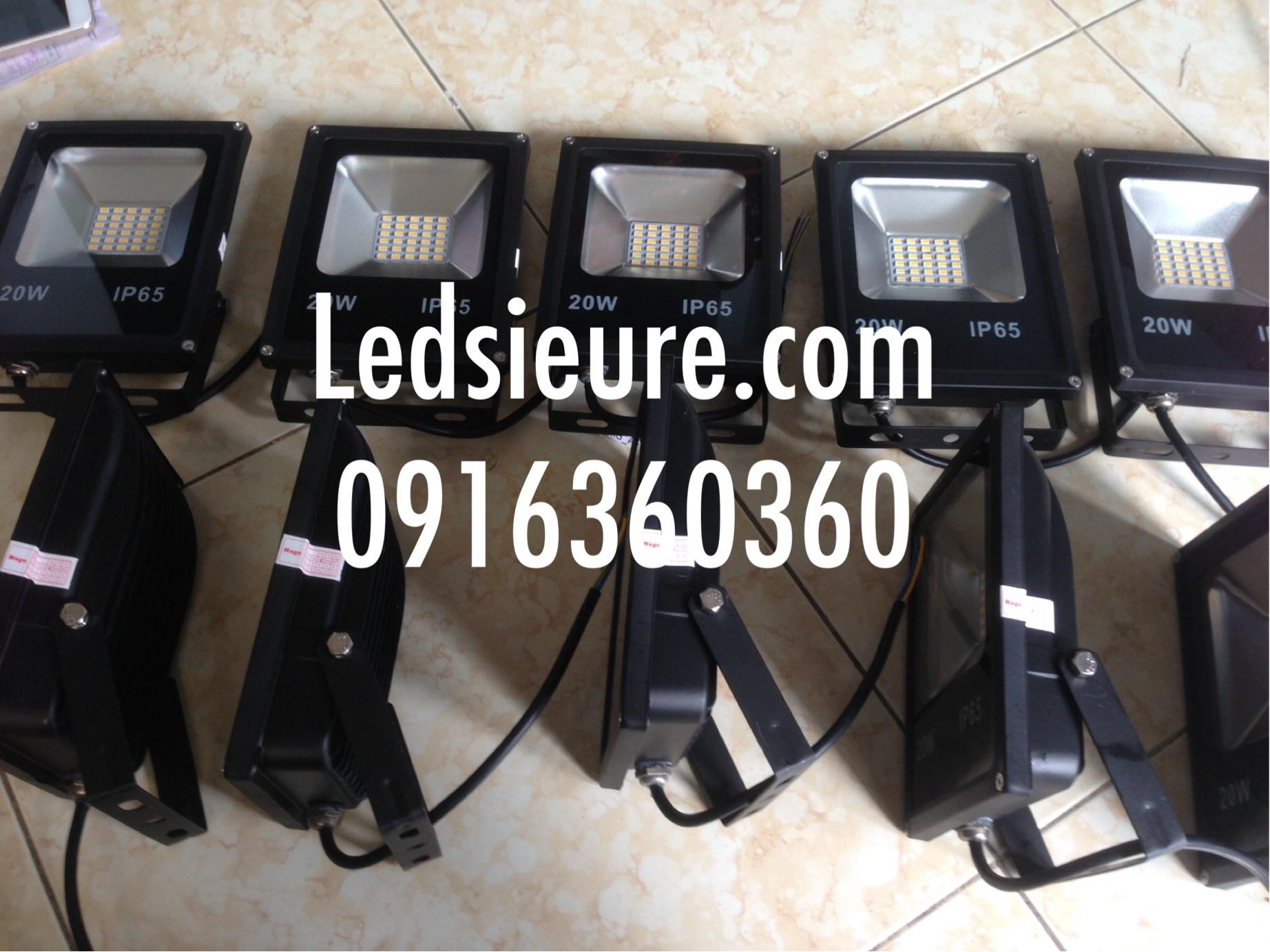 Pha led IP65 20w đủ công suất